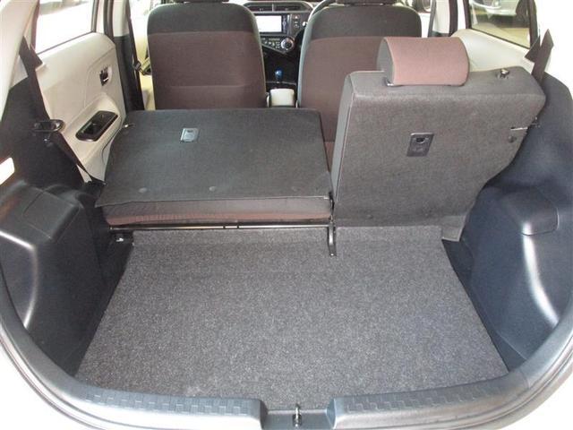 分割可倒のリヤシートで大きな荷物も載せれます