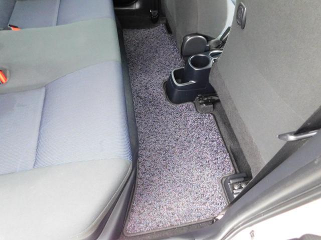 S トヨタセーフティーセンス スマートエントリー&LEDヘッドランプパッケージ スタンダードSDナビ&バックガイドモニター ETC(7枚目)