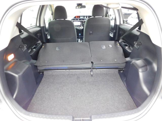 S トヨタセーフティーセンス スマートエントリー&LEDヘッドランプパッケージ スタンダードSDナビ&バックガイドモニター ETC(9枚目)