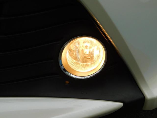 U LEDヘッドランプ スマートエントリー&スタート ナノイー 買い物アシストシート オートエアコン スタンダードSDナビ バックガイドモニター ETC 純正アルミホイール(33枚目)