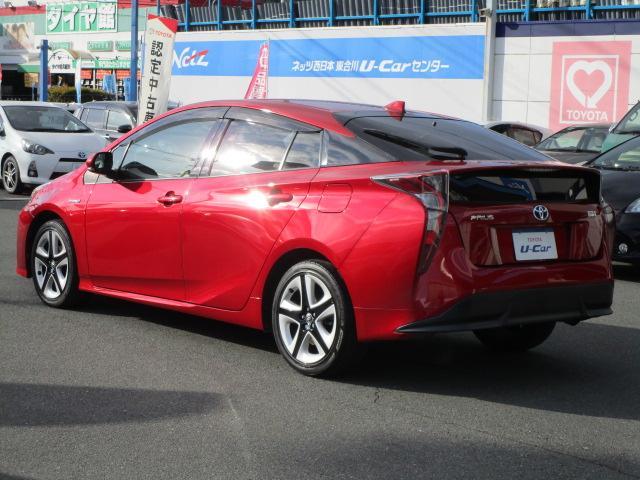 Sツーリングセレクション 真紅のプリウスSツーリング ブルートゥース付きSDナビ シートヒーター ETC装備満載 快適なドライブをどうぞ(34枚目)