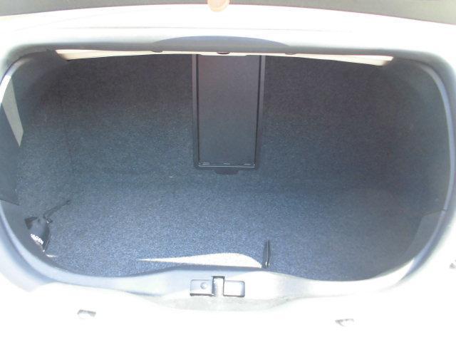 2.0LZ 前席サイドエアバッグ・前席シートヒーター装備(18枚目)