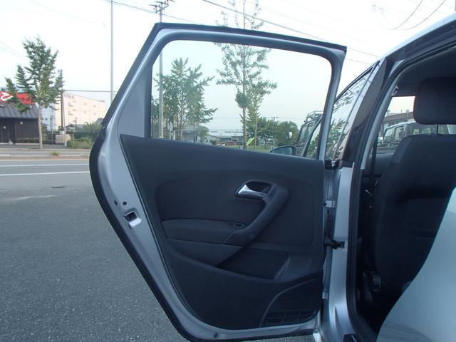 フォルクスワーゲン VW ポロ 1.4 コンフォートライン 1オーナー クリアランスソナー