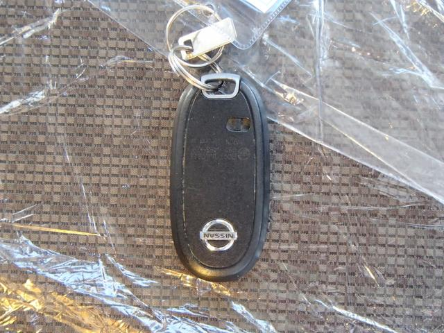 日産 モコ S アイドリングストップ バックカメラ CDコンポ