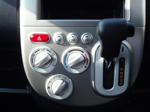 電動スライドドア キーレス 純正CDデッキ フルフラット ライトレベライザー 盗難防止システム(10枚目)