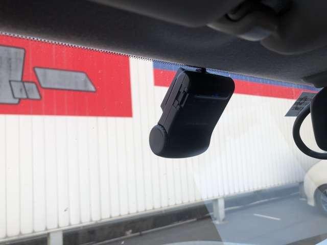 万が一の事故の時に証拠として使えるドライブレコーダー!!