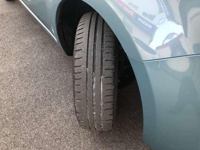 タイヤの溝あまりありません。現車確認の際ご連絡下さい