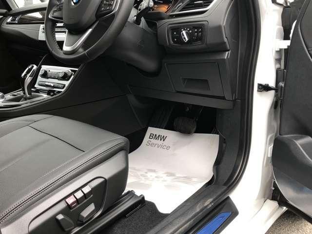 【敷居は決して高くありません】お電話でのお問合せやご来店の際は『BMW中古車の件で(を見に来ました)』とスタッフにお伝え頂ければ担当がすぐにご案内に参ります。(BMW新車・メカニック併設店の為)
