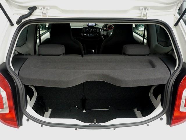 「フォルクスワーゲン」「VW アップ!」「コンパクトカー」「福岡県」の中古車24