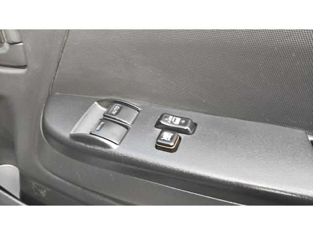 トヨタ ハイエースバン ロングDX9人ナビ1年保証