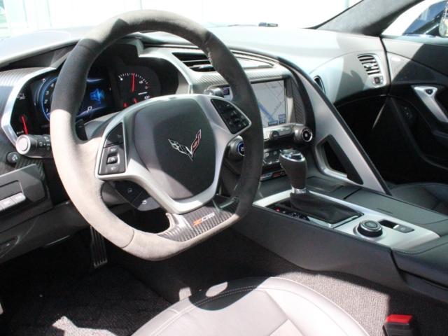 Z06 V8スーパーチャージャー 黒革 メーカー1年延長保証(16枚目)