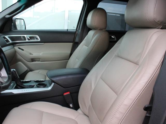 「フォード」「フォード エクスプローラー」「SUV・クロカン」「福岡県」の中古車13