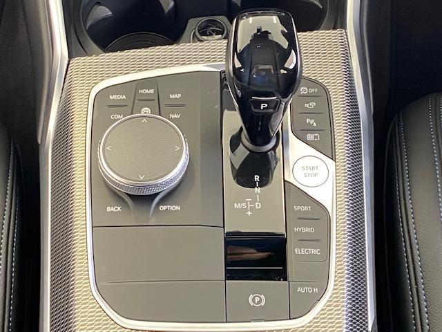 330e Mスポーツ 弊社デモカー プラグインハイブリッド HiFiスピーカー 電動トランク SOSコール(38枚目)