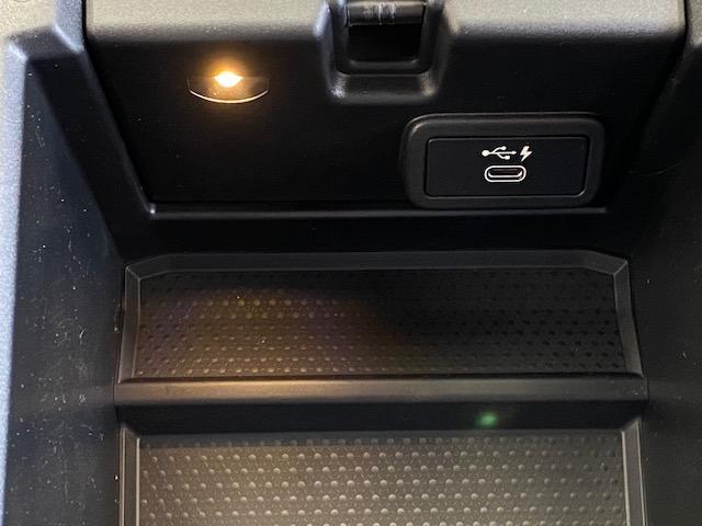 330e Mスポーツ 弊社デモカー プラグインハイブリッド HiFiスピーカー 電動トランク SOSコール(39枚目)