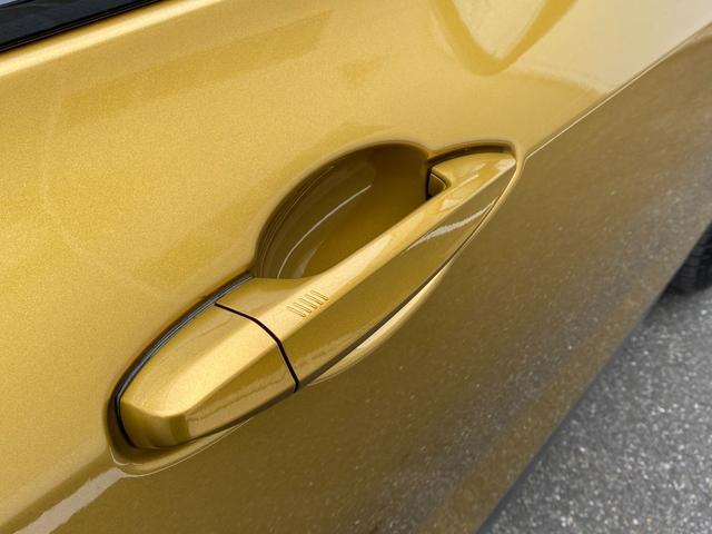 xDrive 20i MスポーツX 20インチホイール アクティブクルーズコントロール ヘッドアップディスプレイ フロントパワーシート(12枚目)