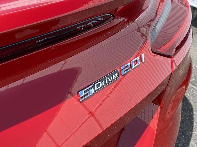 sDrive20i Mスポーツ ブラックレザーシート ハーマンカードン(15枚目)