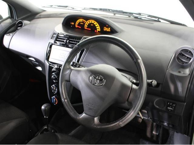 トヨタ ヴィッツ RS 新品タイヤ4本サービス