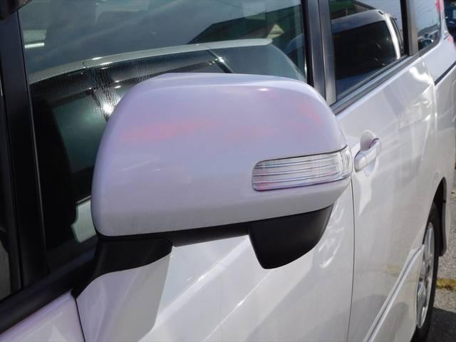 トヨタ ヴォクシー Z 左側自動ドア HDDナビ地デジ Bカメラ