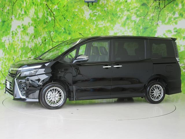 ハイブリッドZSキラメキ3 特別仕様車 登録済未使用車(2枚目)