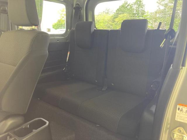 XL ABS/横滑り防止装置/エアバッグ 運転席/エアバッグ 助手席/エアバッグ サイド/アルミホイール/パワーウインドウ/キーレスエントリー/オートエアコン/シートヒーター 前席/パワーステアリング(7枚目)