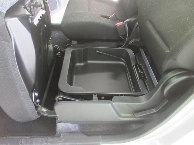 FA EBD付ABS/横滑り防止装置/アイドリングストップ/エアバッグ 運転席/エアバッグ 助手席/衝突安全ボディ/パワーウインドウ/キーレスエントリー/パワーステアリング/盗難防止システム/禁煙車/FF(16枚目)