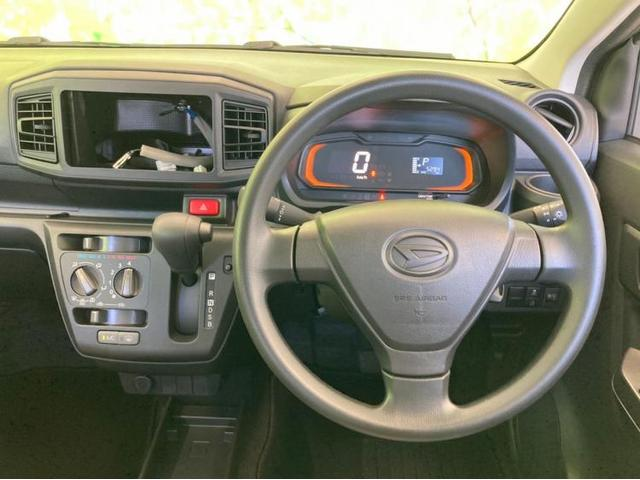 L EBD付ABS/横滑り防止装置/アイドリングストップ/エアバッグ 運転席/エアバッグ 助手席/パワーウインドウ/キーレスエントリー/パワーステアリング/FF/マニュアルエアコン(5枚目)