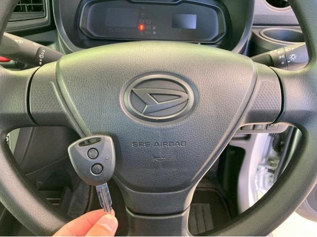 L EBD付ABS/横滑り防止装置/アイドリングストップ/エアバッグ 運転席/エアバッグ 助手席/パワーウインドウ/キーレスエントリー/パワーステアリング/FF/マニュアルエアコン(9枚目)