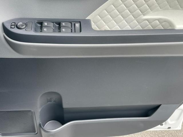 L ヘッドランプ LED/EBD付ABS/横滑り防止装置/アイドリングストップ/エアバッグ 運転席/エアバッグ 助手席/エアバッグ サイド/パワーウインドウ/キーレスエントリー/パワーステアリング(14枚目)