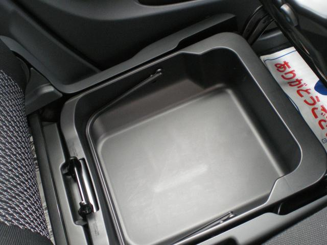 スズキ ワゴンRスティングレー スティングレー X オーディオレス 一年保証付
