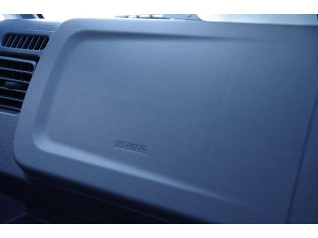 助手席にもエアバック標準装備です!同乗者の方の安全をお守りいたします!