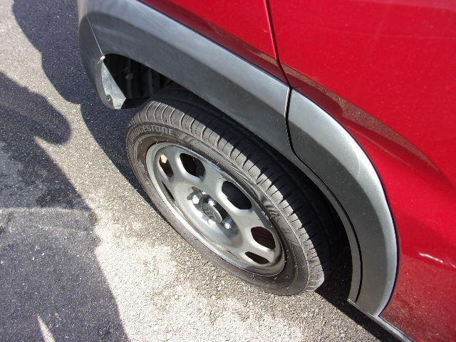 タイヤは前後共にミゾまだまだあります