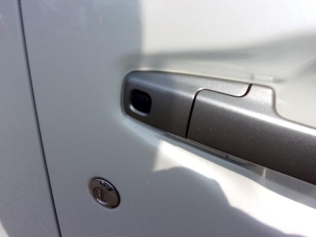 25周年記念車 HYBRID FXリミテッド 衝突被害軽減S(16枚目)