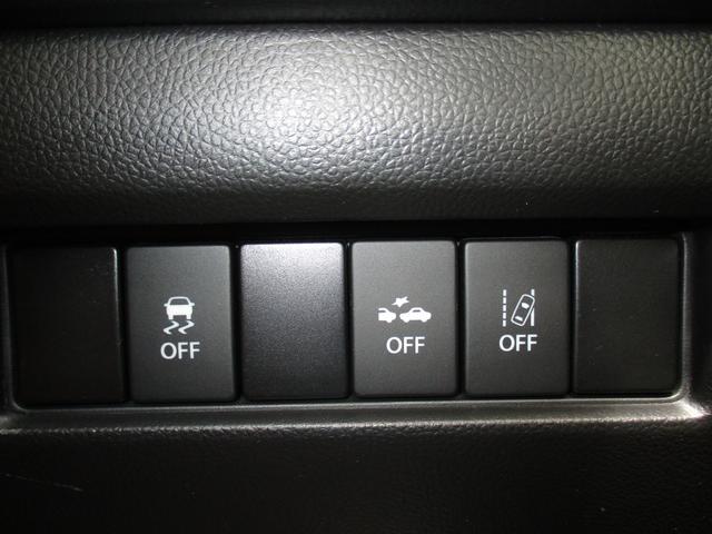 安全システム関連は運転席側のスイッチで切り替えが行えます。