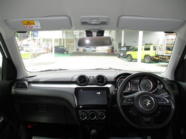 インパネ全体。運転時の見通しも良好です☆