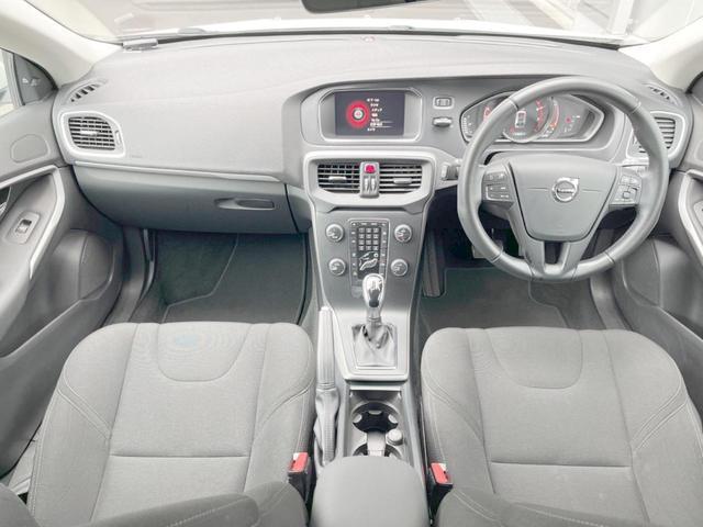 T2 キネティック 認定車・ワンオーナー・純正ナビ/リアビュー・純正ドラレコ・純正16インチAW・ETC・LEDヘッドライト・インテリS(2枚目)