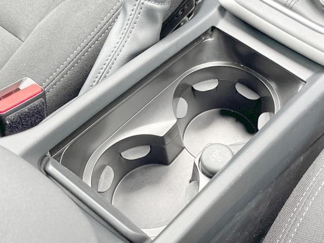 T2 キネティック 認定車・ワンオーナー・純正ナビ/リアビュー・純正ドラレコ・純正16インチAW・ETC・LEDヘッドライト・インテリS(27枚目)