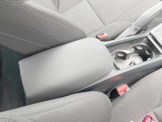 T2 キネティック 認定車・ワンオーナー・純正ナビ/リアビュー・純正ドラレコ・純正16インチAW・ETC・LEDヘッドライト・インテリS(29枚目)