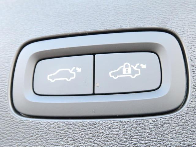 クロスカントリー T5 AWD 弊社試乗車 2020年モデル 4輪駆動 シートヒーター 純正ナビ 360℃カメラ パワーテールゲート 電動シート PCC(6枚目)
