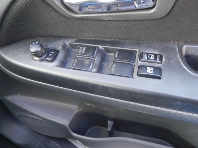 「スズキ」「SX4」「SUV・クロカン」「福岡県」の中古車16