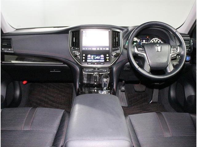 優越感のあるドライバーシート。視界もよく、老若男女問わず乗りやすいと思います。是非、お座り下さい☆
