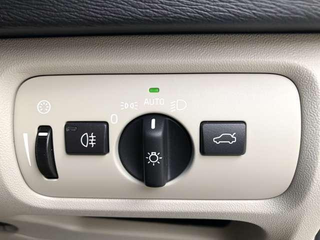 D4 インスクリプション ディーゼルターボ弊社登録済未使用車(10枚目)