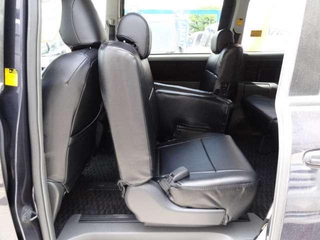 トヨタ ヴォクシー ZS HDDナビBカメラ両電動ドア後席モニターレザー調シート