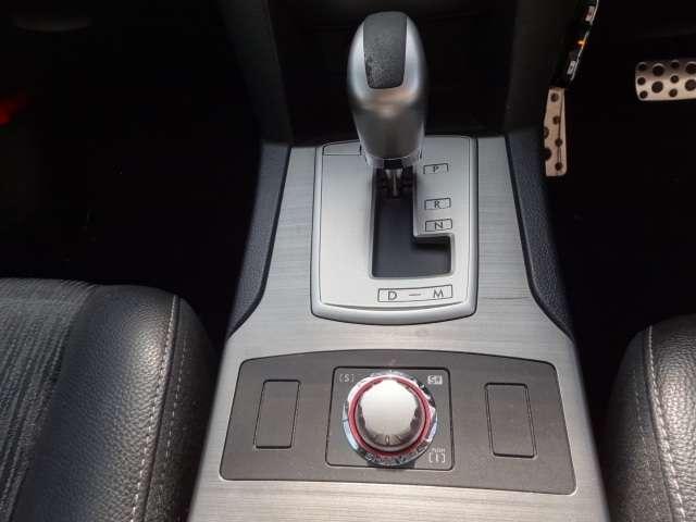2.5i Sパッケージ 4WD HDDナビ・テレビ・ETC(7枚目)
