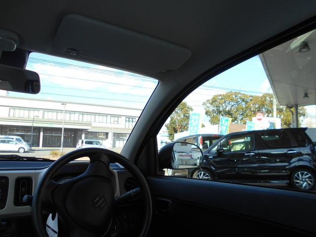 窓も大きく、視界良好です!運転が不安な方も安心して頂けますよ!