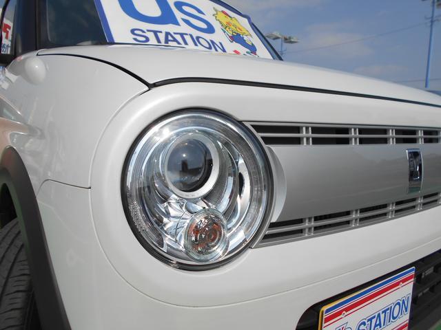 ディスチャージヘッドライトを標準装備!夜間のドライブのサポートをしてくれます