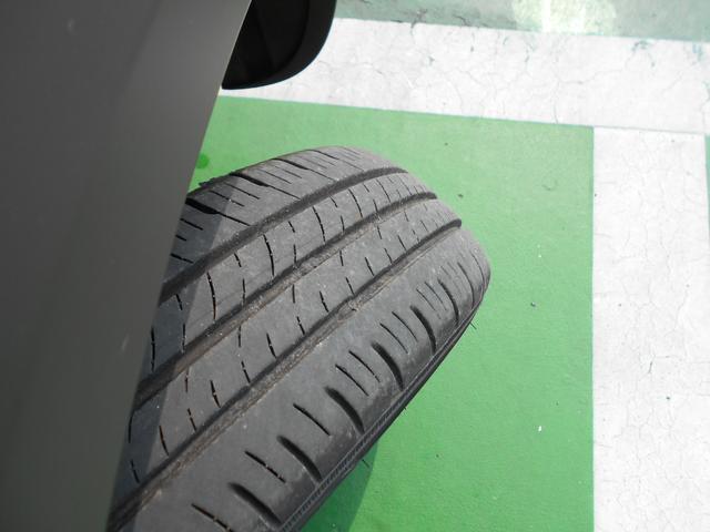 タイヤの溝は問題ありません