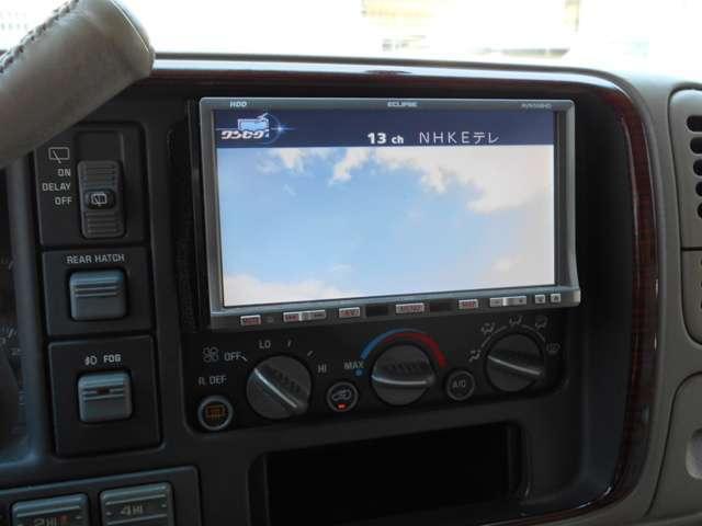 6.0 4WD HDDナビ TV ハーフレザーシート(10枚目)