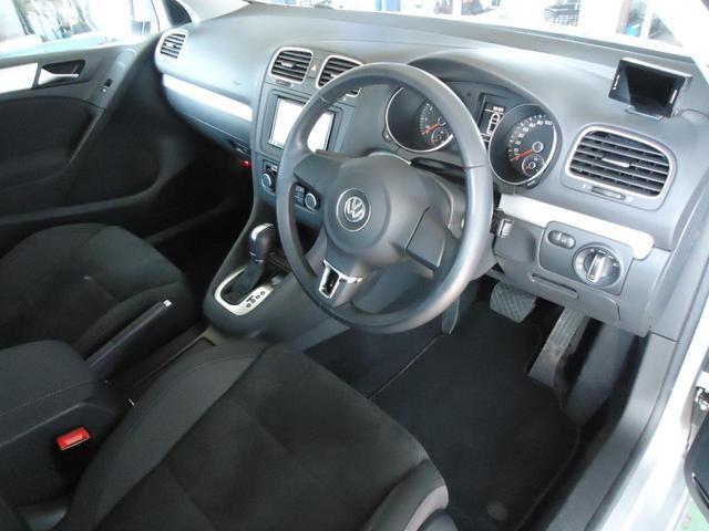 TSIコンフォートライン /SDナビ フルセグ ETC Bluetooth DVD CD オートライト 純正アルミ キーレス 盗難防止システム サイドエアバッグ ABS オートエアコン(8枚目)