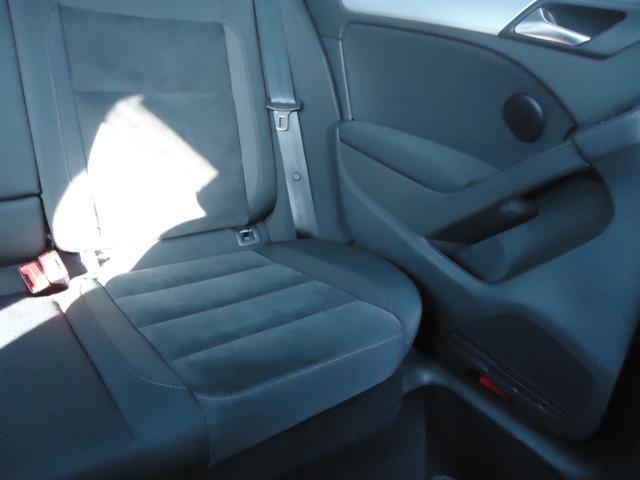 TSIコンフォートライン /SDナビ フルセグ ETC Bluetooth DVD CD オートライト 純正アルミ キーレス 盗難防止システム サイドエアバッグ ABS オートエアコン(20枚目)