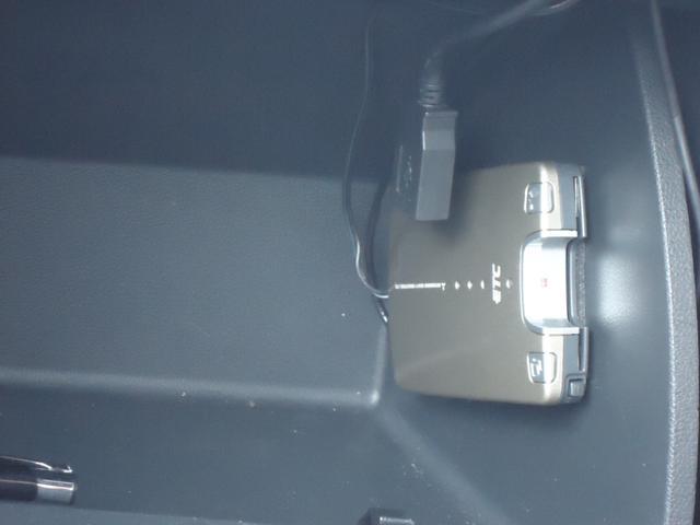 デザインレザーパッケージ 社外ナビ フルセグ バックカメラ ETC レザーシート 盗難防止機能 HIDライト(10枚目)